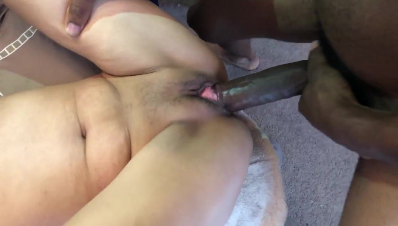 Amateur Teen Gaping Pussy