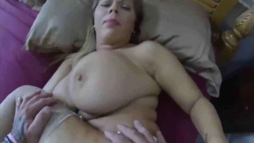 Son Fucks Horny Stepmom