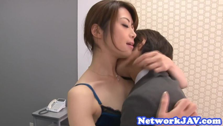 Bootylicious Asian Milf Loves Sucking Cock More Than ...