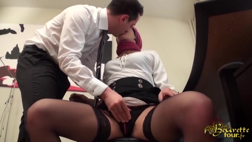 Tranny Gets Her Dick Sucked