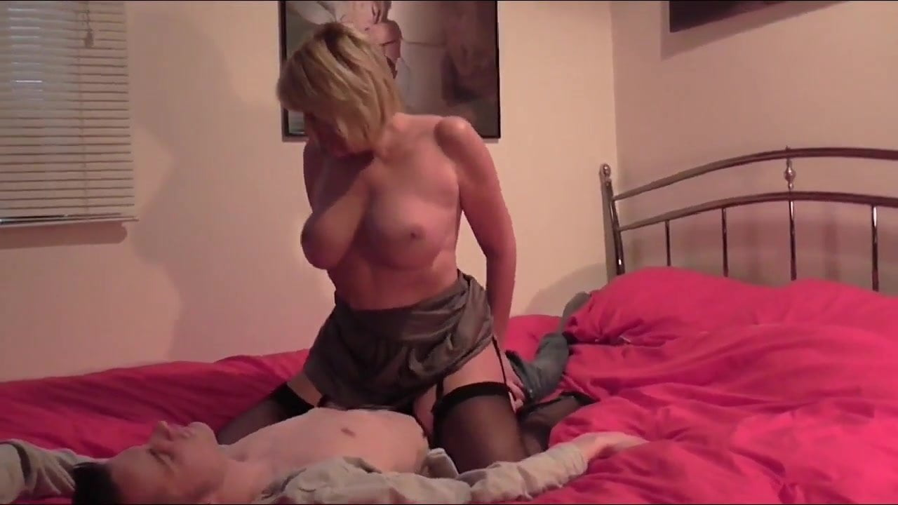 Short Hair Teen Threesome